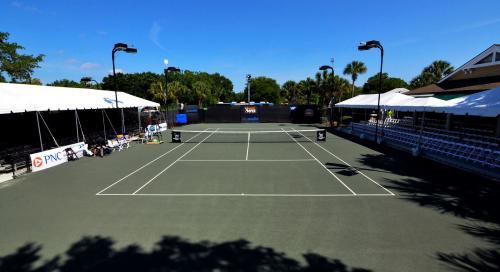 Elizabeth Moore Sarasota Open